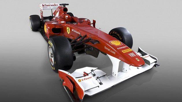 Letošní Ferrari. Zprvu s označením F150, poté F150th Italia a nakonec 150° Italia.