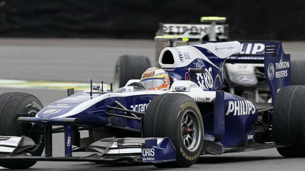 Letošní vítěz série GP2 Pastor Maldonado povýší od příští sezony do formule 1.