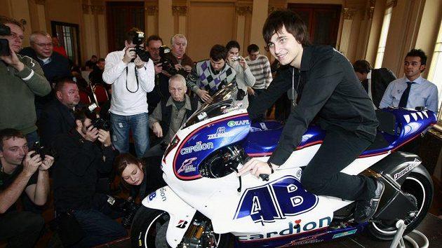 Karel Abraham představil na pražském Žofíně svůj nový motocykl Ducati.