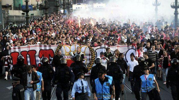 Pochod fanoušků Slavie na derby se Spartou se uskuteční i tuto neděli.