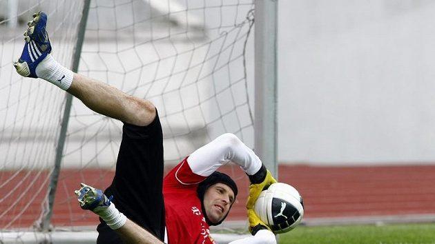 Brankář Petr Čech na tréninku reprezentace.