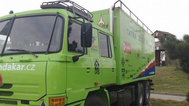 Doprovodná Tatra týmu Czech Dakar Teamu.