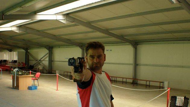 Střelec Martin Strnad.