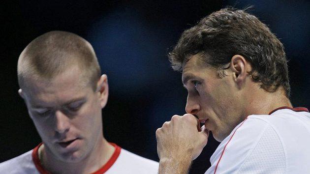 Český tenista František Čermák (vpravo)