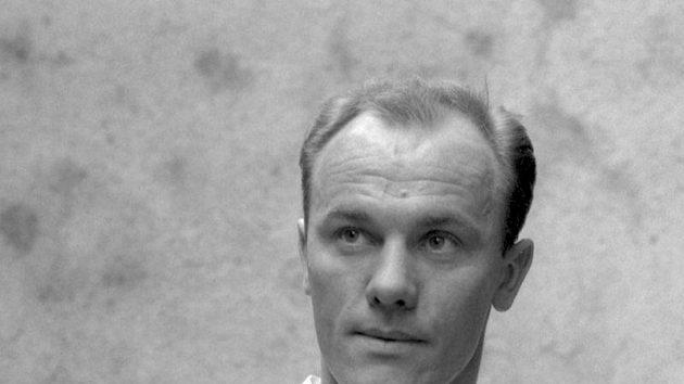 Fotbalista Ján Popluhár na archivním snímku z roku 1962, kdy se stal v Chile vicemistrem světa.