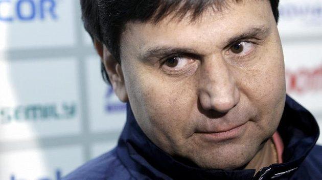 Trenér Vladimír Růžička se po jedenácti sezónách ve Slavii upíše klubu na dalších pět let.
