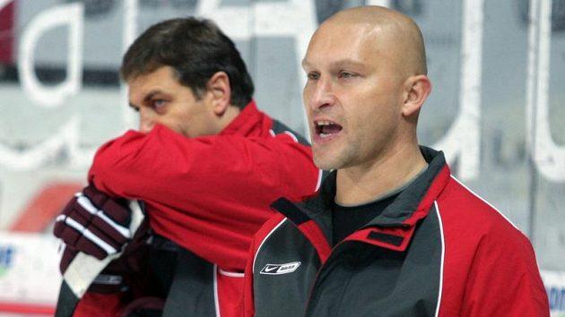 Hlavní trenér Sparty David Volek (vpravo) a kouč brankářů Petr Bříza