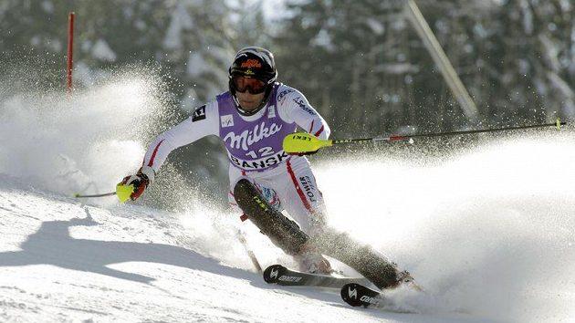 Mario Matt vede po prvním kole slalom ve Wengenu.
