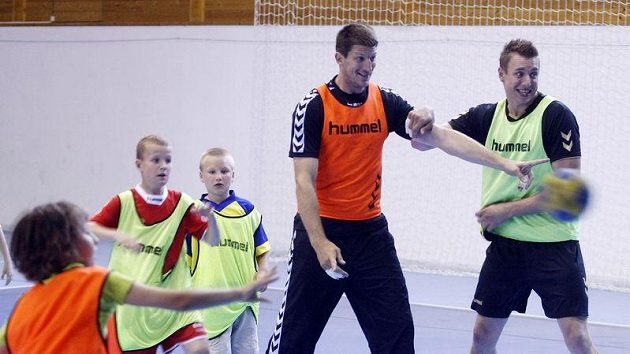 Filip Jícha (vpravo) na tréninku