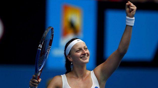 Tenistka Petra Kvitová se raduje z postupu do čtvrtfinále Australian Open.