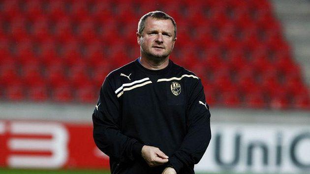 Trenér fotbalistů Plzně Pavel Vrba věří, že se jeho svěřencům forma na konfrontaci s Neapolí podaří včas doladit.