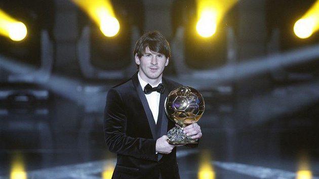 Obhájí Lionel Messi Zlatý míč FIFA?