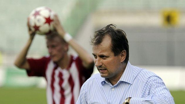 Trenér Viktorie Žižkov Martin Pulpit týden starou hořkost neskrýval.