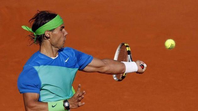 Rafael Nadal se po antukové sezóně zaměřuje na travnatý povrch.