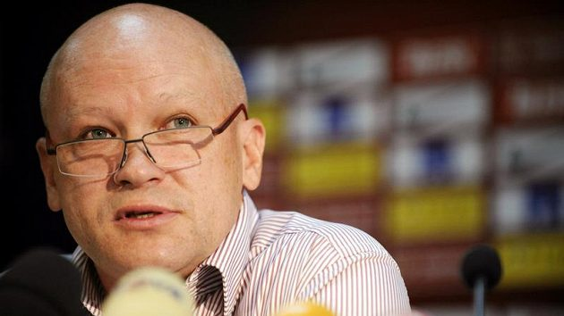 Kandidát na předsedu Českomoravského fotbalového svazu Ivan Hašek oznamuje svůj předvolební program.
