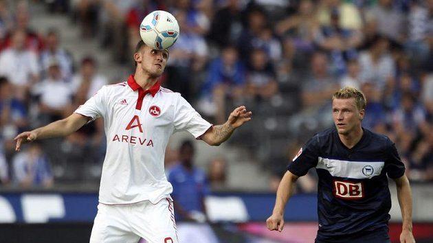 Tomáš Pekhart se proti Stuttgartu neprosadil