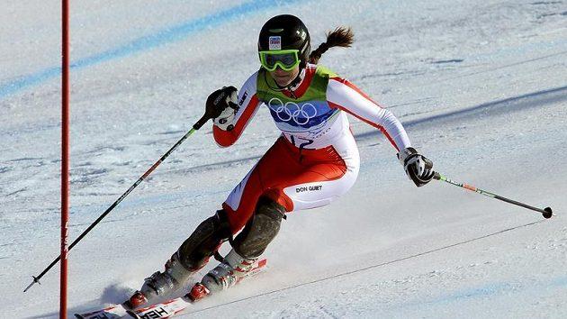 Olympijská helma lyžařky Šárky Záhrobské byla nejdražším artiklem v charitativní dražbě po vyhlášení ankety Král bílé stopy.