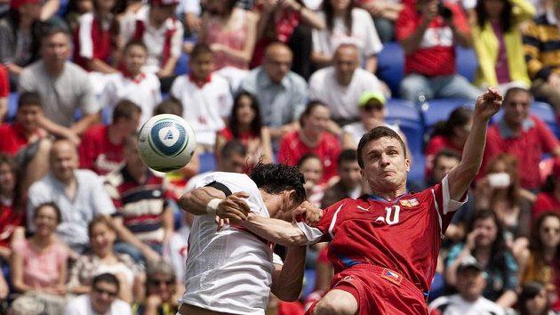 David Lafata v zápase s Tureckem.