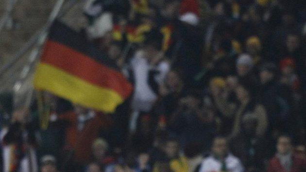 Fotbalisté Německa se radují z branky do sítě Ghany během utkání MS v Jihoafrické republice.