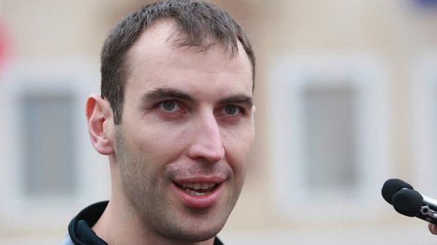 Zdeno Chára posílí během výluky v KHL pražského Lva.