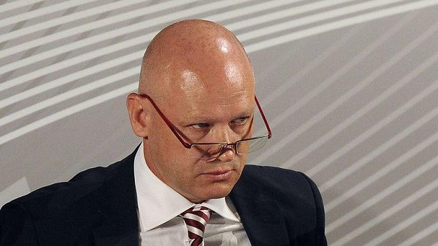 Dva roky vlády Ivana Haška se proměnily ve dva roky klamu, falše a podvodu.
