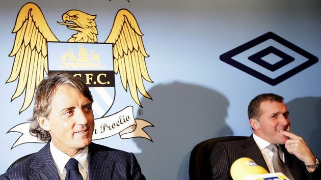 Trenér Manchesteru City Roberto Mancini
