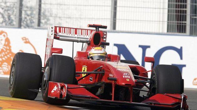Luca Badoer ze stáje Ferrari během GP Evropy