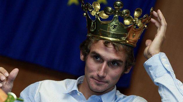 Roman Kreuziger s korunou pro vítěze ankety Král cyklistiky