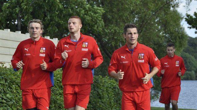 Fotbaloví reprezentanti do 21 let (zleva) Milan Černý, Marcel Gecov, a Lukáš Vácha