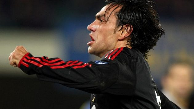 Alessandro Nesta z AC Milán se raduje z branky do sítě Chieva.