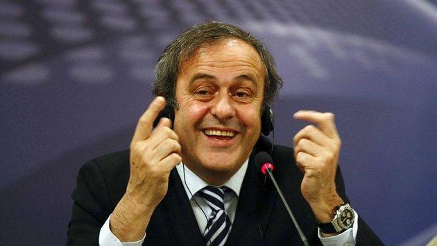 Předseda UEFA Michel Platini uspěl s revolučním návrhem.