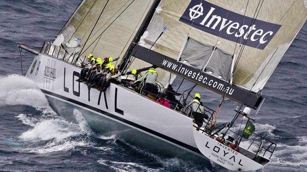 Tradiční závod plachetnic ze Sydney do Hobartu vyhrála již popáté jachta Wild Oats XI