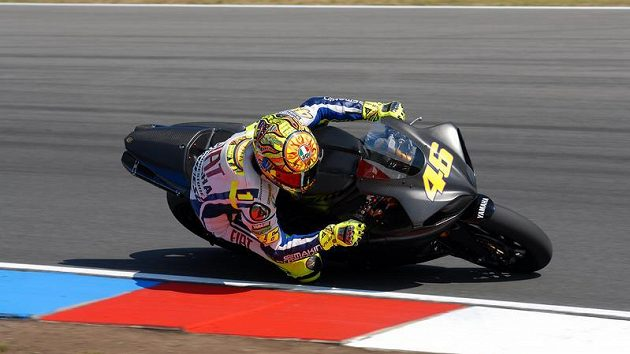 Valentino Rossi při testu v Brně.
