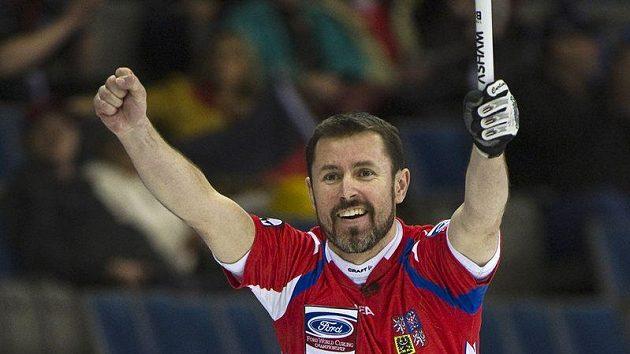 Český reprezentant v curlingu Jiří Snítil