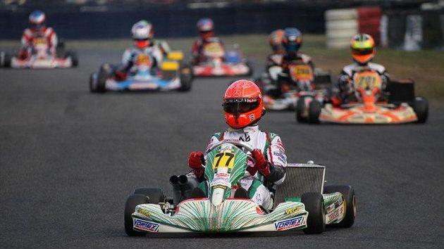 Michal Schumacher při motokárovém závodě.