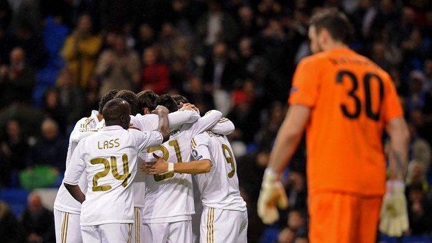 Fotbalisté Realu Madrid mají důvod k radosti, španělskou ligu stále vedou o 7 bodů.