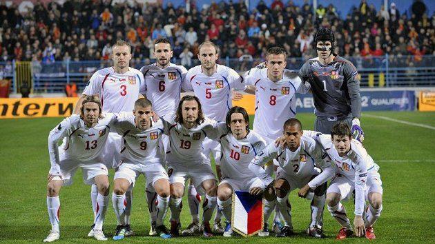 Český tým před odvetou baráže v Podgorici - to je Bílkův pevný základ.