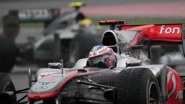 Pilot McLarenu Jenson Button během GP Číny.