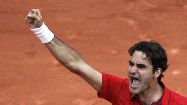 Švýcarský tenista Roger Federer se z turnaje v Halle odhlásil.