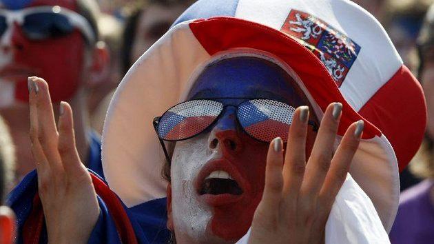 Čeští fanoušci mohli být po duelu s Dány spokojení.