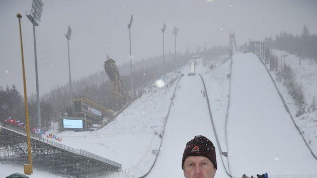 Ředitel harrachovských závodů SP ve skocích na lyžích Stanislav Slavík.
