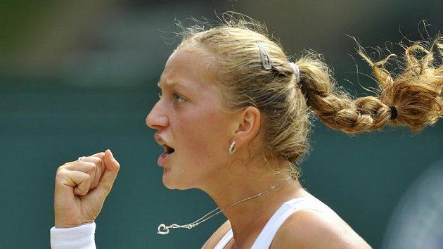 Petra Kvitová během semifinále Wimbledonu
