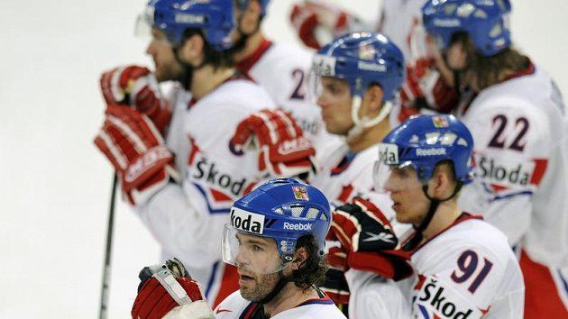 Zklamání českých hokejistů po prohře s Norskem