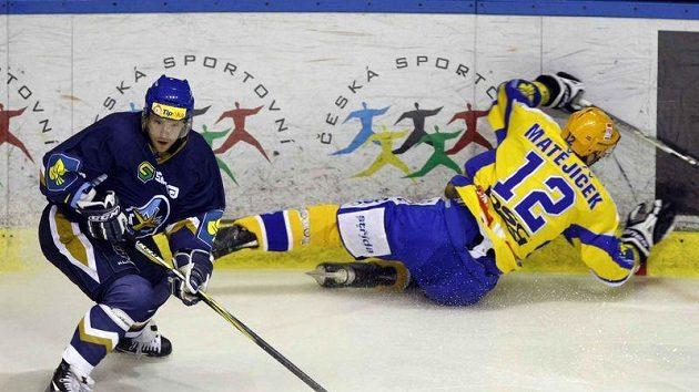 Ivan Majeský (vlevo) putuje z extraligy do finské nejvyšší soutěže.