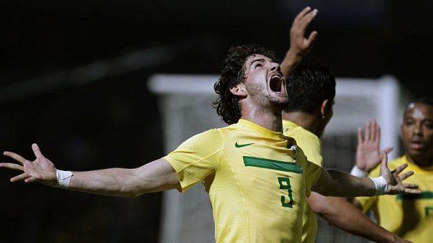 Alexandre Pato se na vítězství brazilského týmu podílel dvěma góly.