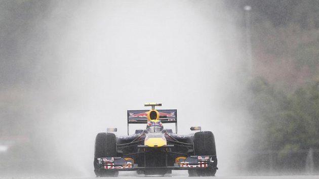 Mark Webber během kvalifikace na GP Malajsie.