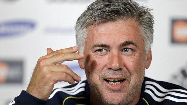 Carlo Ancelotti má v Chelsea nového asistenta