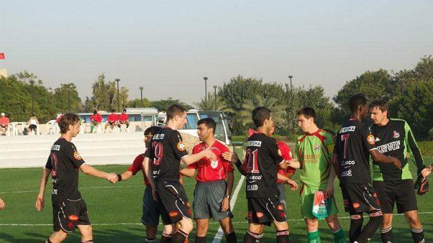 Fotbalisté Slavie před zápasem s Lokomotivem Taškent na soustředění v Dubaji.