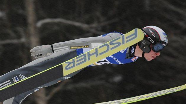 Antonín Hájek si na lyžích doletěl pro sedmé místo.