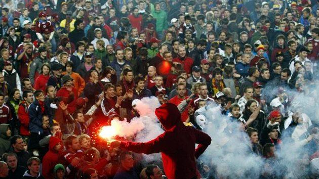 Derby pražských S se fanoušci dočkají v devátém kole.